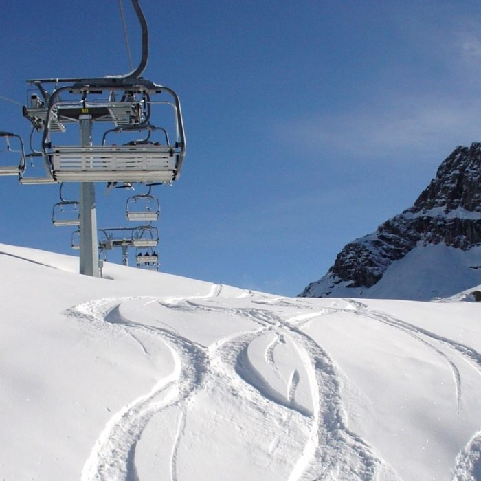Esprit | Gressoney powder lines and a chair lift