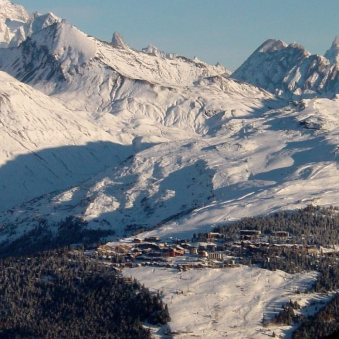 Esprit | La Rosiere and its surrounding mountains