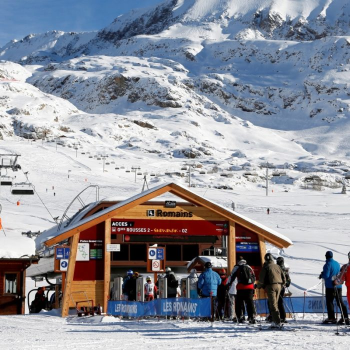 Esprit | The Romains lift from the centre of the Alpe'd Huez ski area
