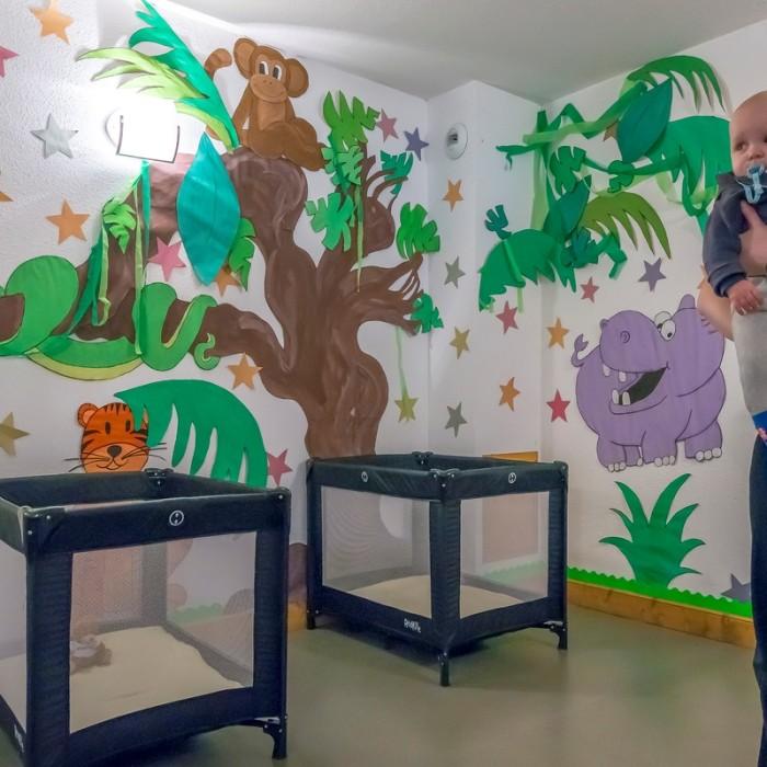 Esprit | Sleep room linked to the nursery of the Chalet Hermine