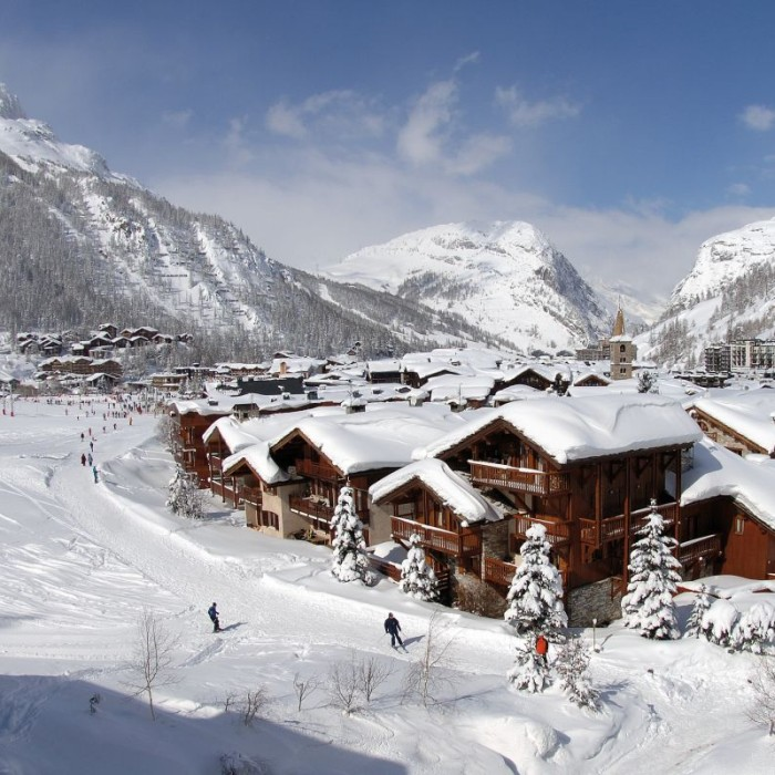 Esprit | Val D'Isere's pretty old town