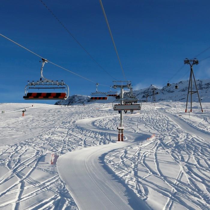Esprit | Alp D'Huez blue skys
