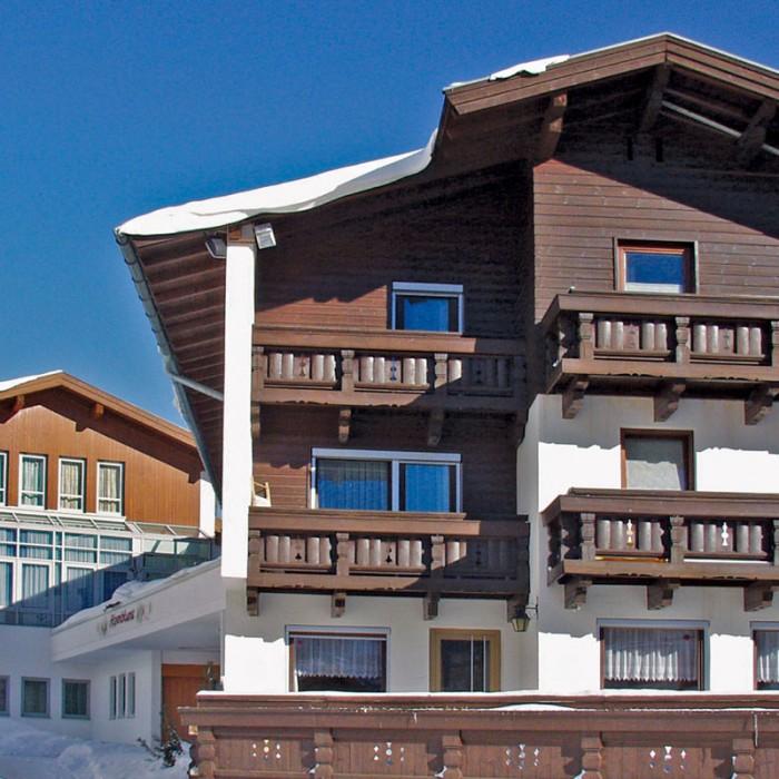 Esprit | Exterior view of the Chalet Alpenblume