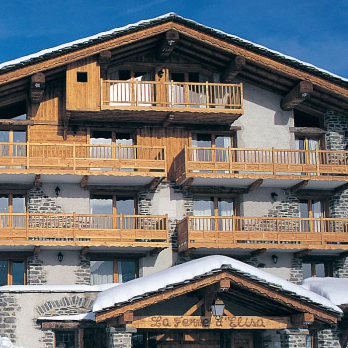 Esprit | exterior view of Ferm d'Elisa Chalet Apartments exterior view