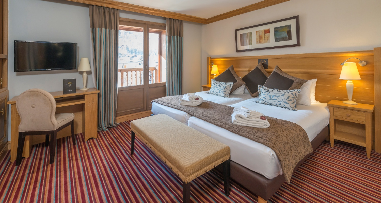 Chalet hotel le savoie val d 39 isere france for Hotels val d isere